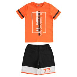 """Outfit with 100% cotton T-shirt and short trousers with """"Just say yes"""" print"""