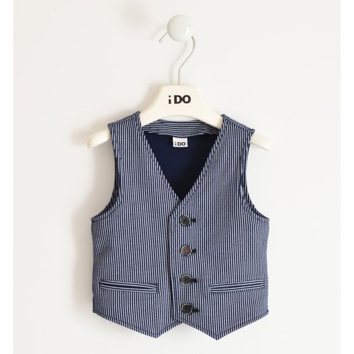 Stretch fleece vest for important occasions