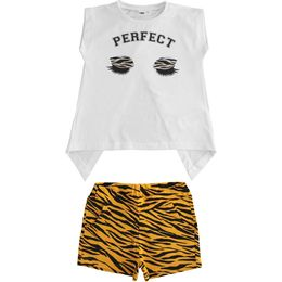 Outfit in stretch jersey T-shirt and animalier print shorts